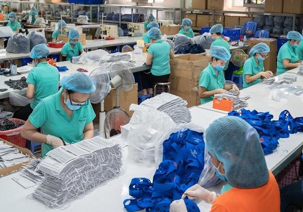 Chuỗi bán lẻ lớn Big C, VinMart, Sài Gòn Co.op... lên phương án tìm nguồn cung khẩu trang