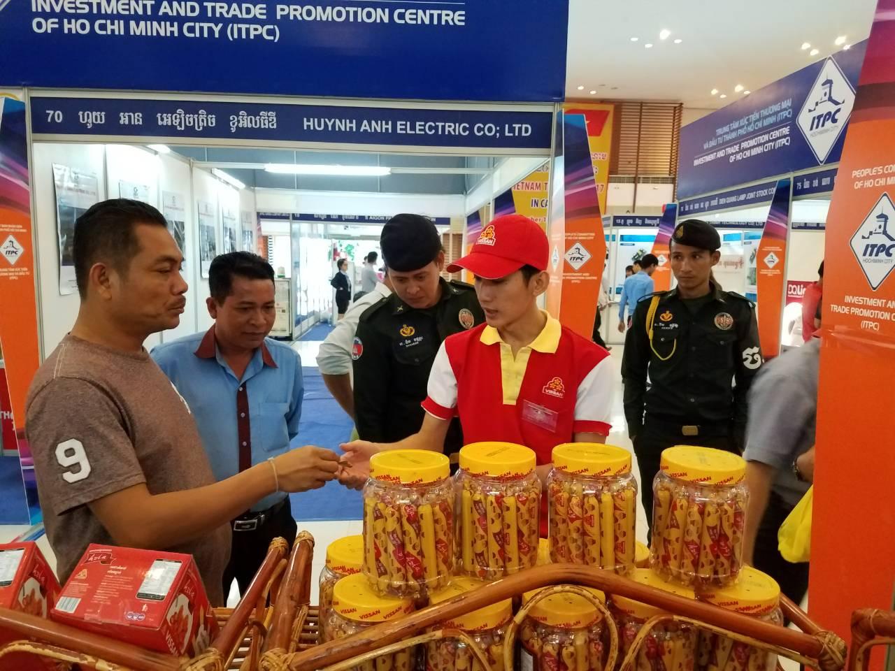Chính phủ ban hành Biểu thuế nhập khẩu ưu đãi đặc biệt Việt Nam - Campuchia